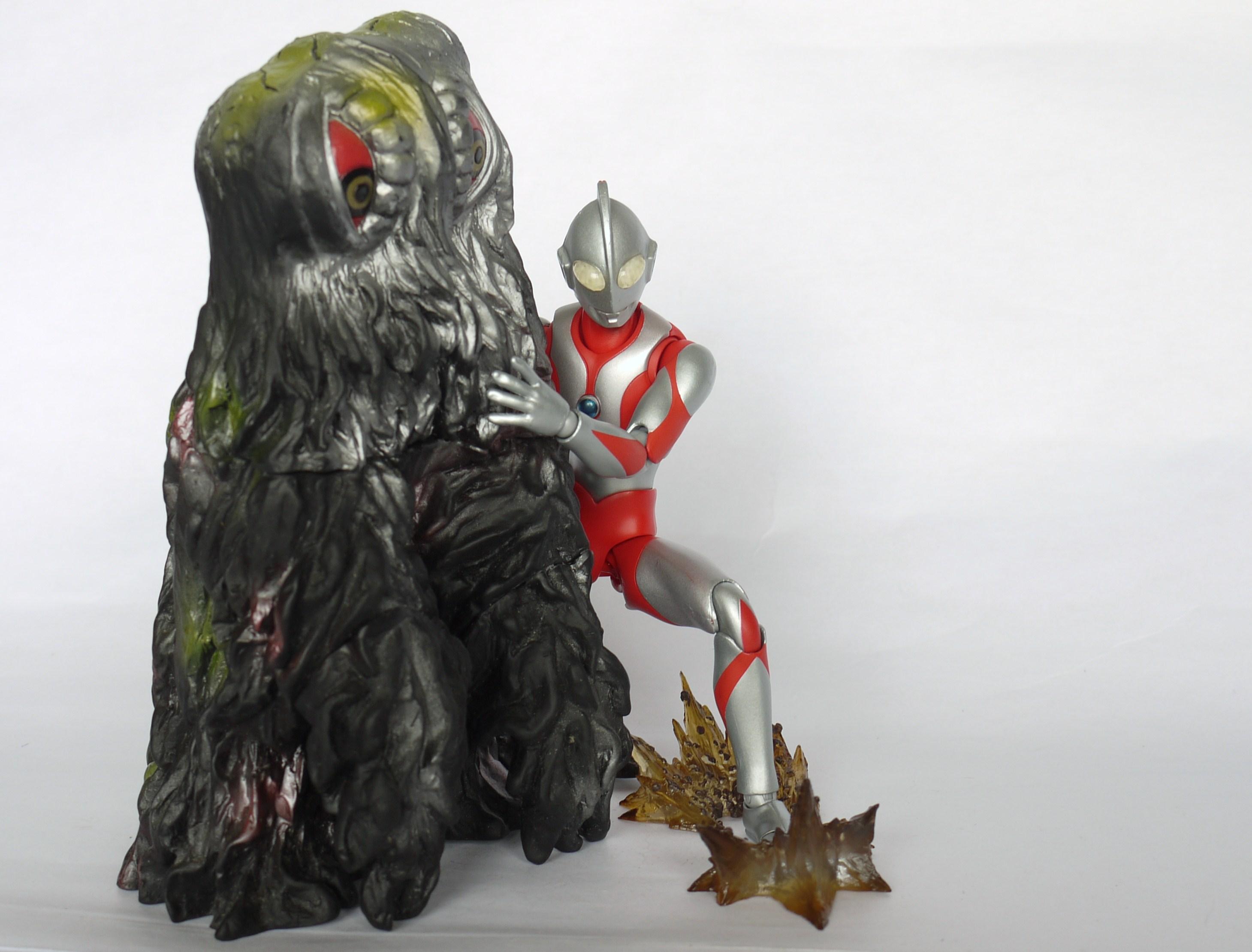 Review: Ultra Act Ultraman (Renewal Version)